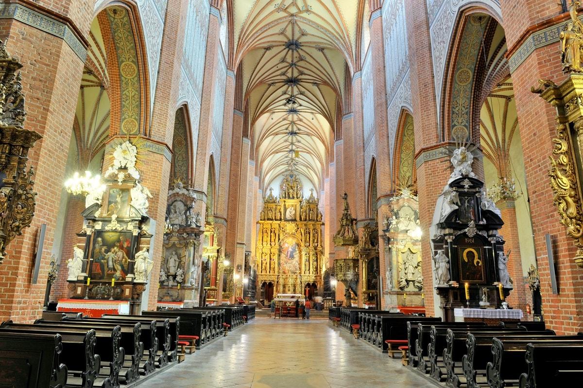 Wnętrze Bazyliki Katedralnej pw. Wniebowzięcia NMP w Pelplinie